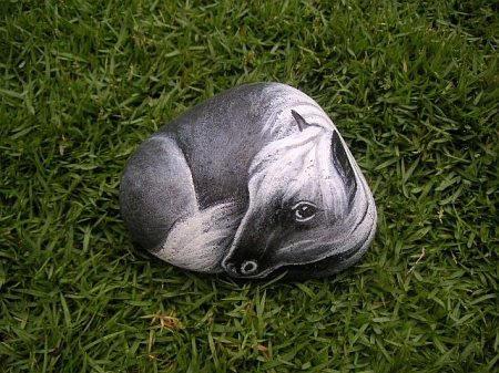 这些可爱的动物造型石头都出自